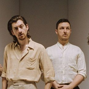 Arctic Monkeys auf Moon Safari